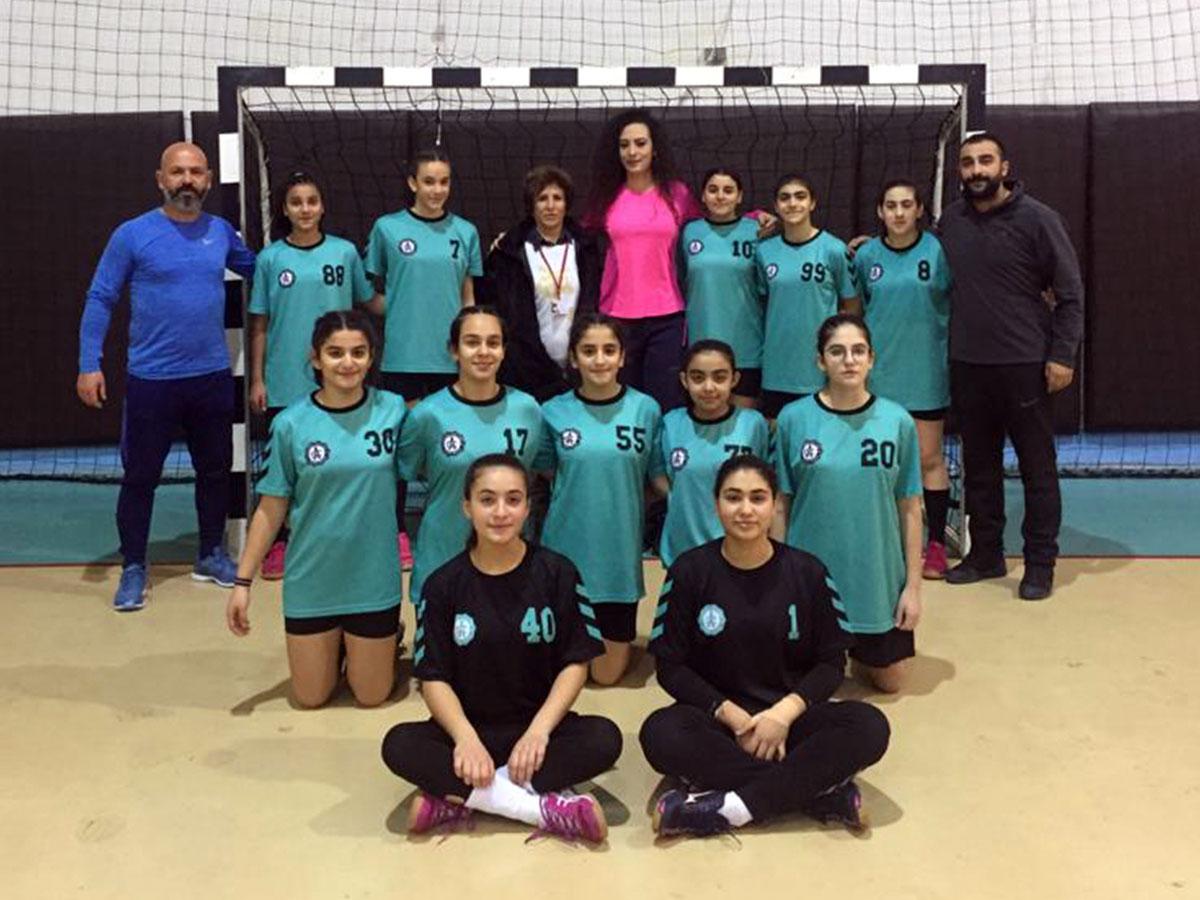 Yıldız Kızlar Hentbol Adana Şampiyonu